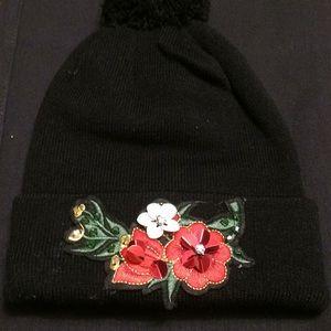 Black Knit Pom Pom Hat